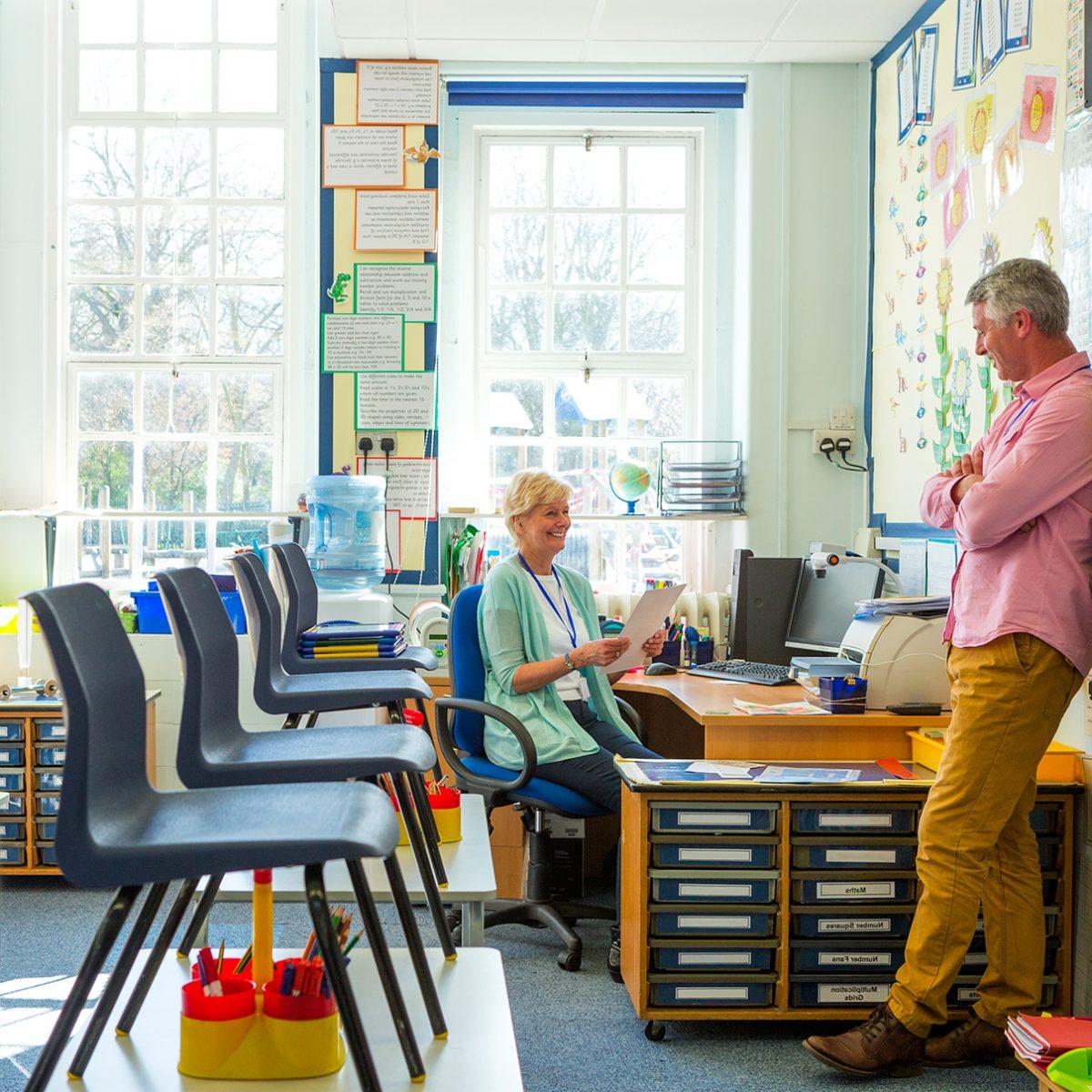 Interim leidinggevenden in het onderwijs met plezier aan het werk